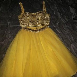 Sheri hill 2 pc dress